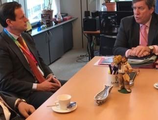 Pez espada Mediterráneo, acuerdo Marruecos y medidas técnicas centran debates de Cepesca con eurodiputados Clara Aguilera y Gabriel Mato