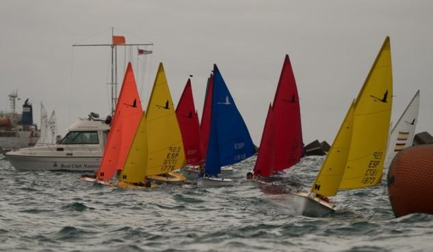 El Nacional Open de 2.4, que organizó el Real Club Náutico de Gran Canaria, contó con 15 barcos en salida